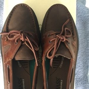 GH Bass NWT Wake Loafers